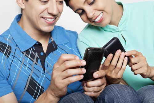 Καράτσι εφαρμογή dating τίτλοι προφίλ για γνωριμίες ιστότοπων