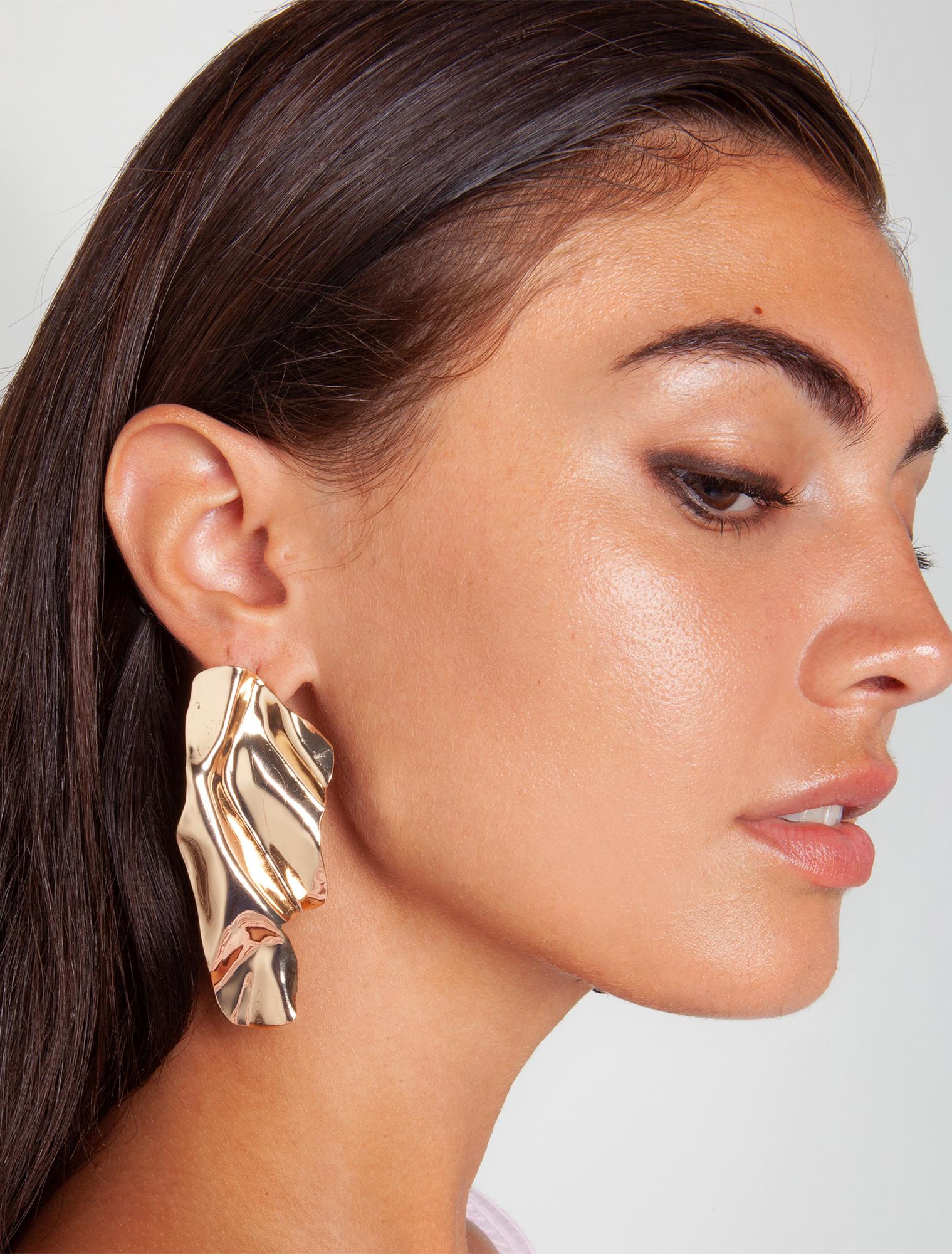 Μεταλλικά σκουλαρίκια ανάγλυφα - ΧΡΥΣΟ